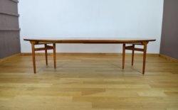 Table-Danoise-en-teck-Arne-Vodder-Edité-par-Sibast-vintage-1960-ligne