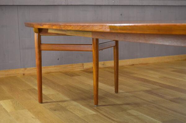 Table Scandinave Danoise en teck Arne Vodder Edité par Sibast vintage 1960 pied