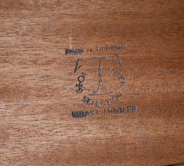Table Scandinave Danoise en teck Arne Vodder Edité par Sibast vintage 1960 tampon éditeur