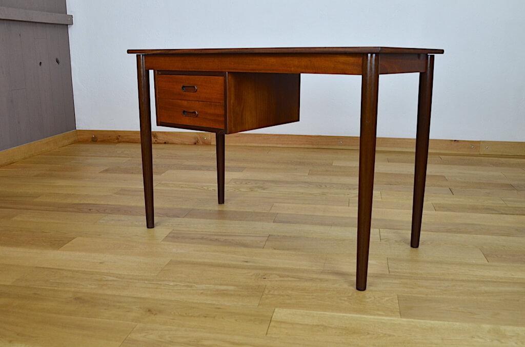 bureau danois vintage en teck des ann es 60. Black Bedroom Furniture Sets. Home Design Ideas
