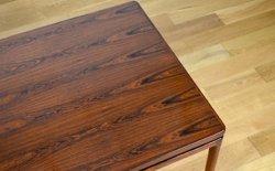 Table de repas rectangulaire des années 60 designer danois vintage.