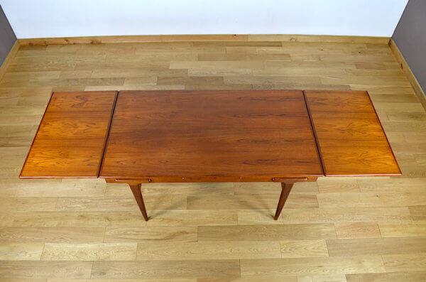 Table en Teck Ejvind A. Johansson Vintage