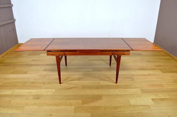 Table Scandinave en Teck Ejvind A. Johansson Vintage