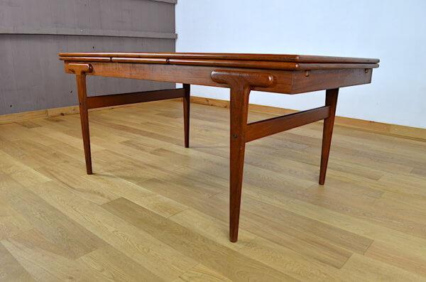 Table en Teck Ejvind A. Johansson Vintage 1960