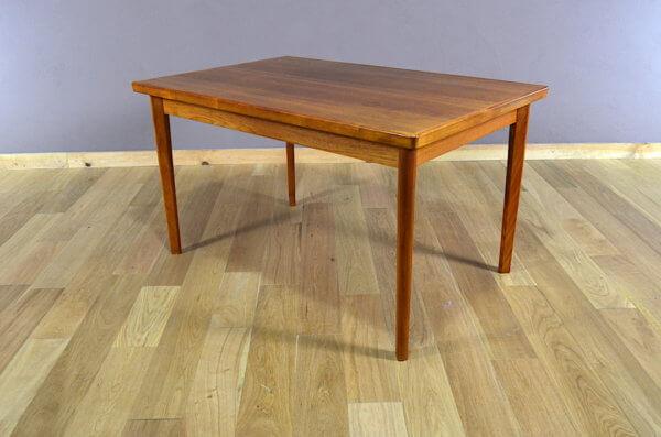 Table Danoise de 1960 en Teck Henning Kjaernulf
