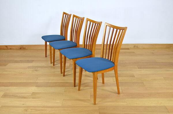 4 Chaises en Hêtre Blond Design du XXe Vintage 1950