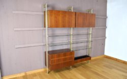 Meuble Suspendu Vintage en Noyer & Laiton 1960