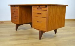 Bureau Design Scandinave en Teck Vintage 1960