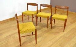 Suite de 4 Chaises Danoise en Teck H. W. Klein 1960 Édition Bramin