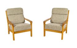 Paire de Fauteuils Design Scandinave en Bois Blond 1960